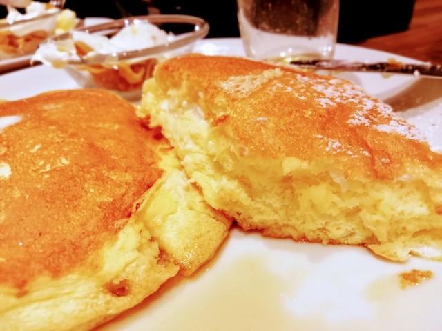 高倉町珈琲のリコッタパンケーキ2